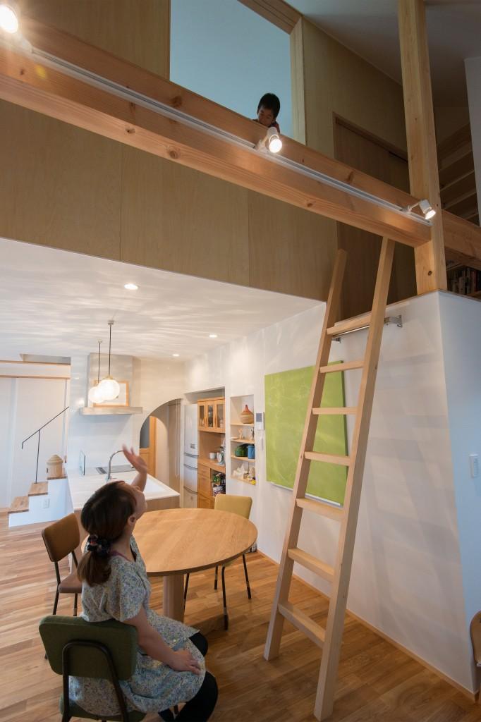 三重県三重郡菰野町 建築家との家づくり ボルダリングが出来る家 ロフトのある家