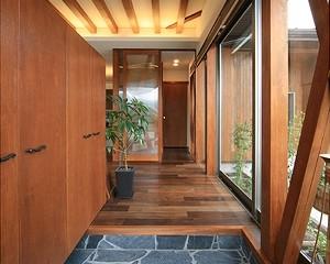 山香の家 建築家 梶浦 博昭 玄関