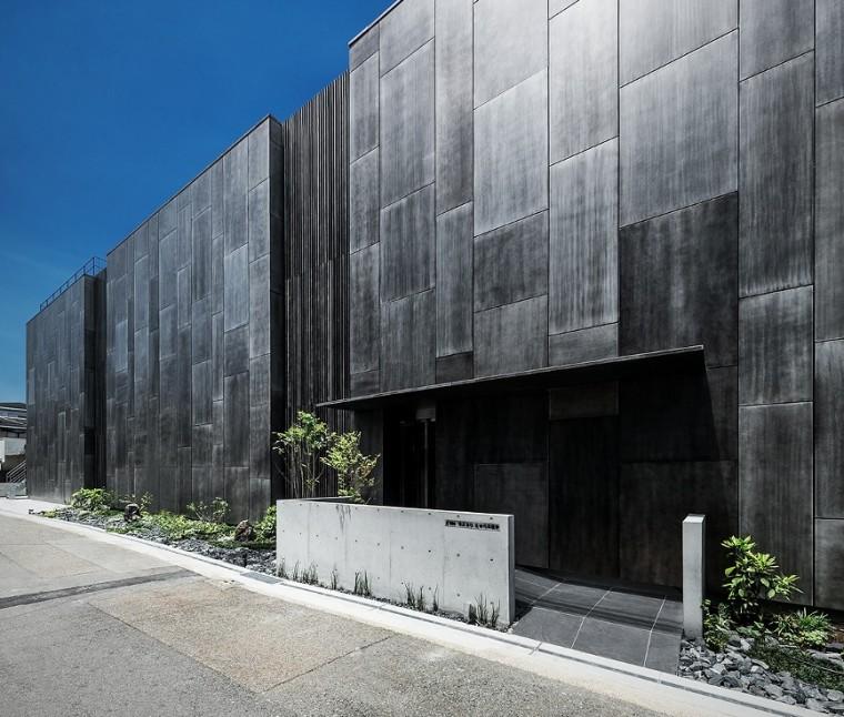 三重県 建築家と建てる 住宅街に溶け込む本社ビル