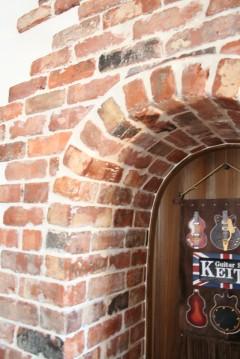 レンガの壁 建築家