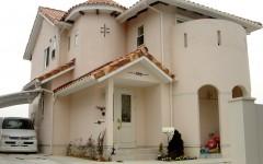 南欧風スタイルの家
