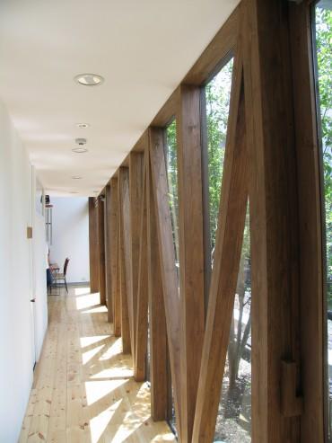 廊下 木 ナチュラル 旅館 建築家 竹中 アシュ 部屋 自然