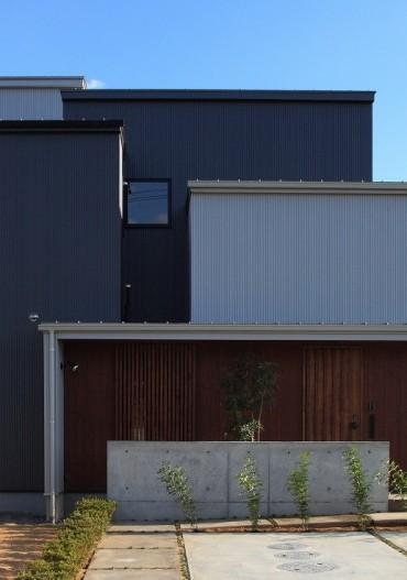 外観 昼 月桂の家 建築家 梶浦 博昭