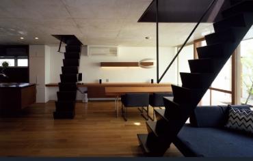 三重県 建築家と建てる家 鉄骨階段 おしゃれ