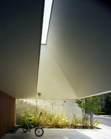 三重県 建築家と建てる家 駐車場 天窓