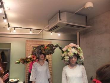 美容室コッテでの花の帽子イベント