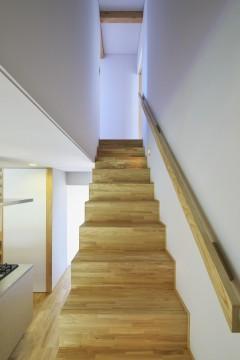 岩倉の家 階段