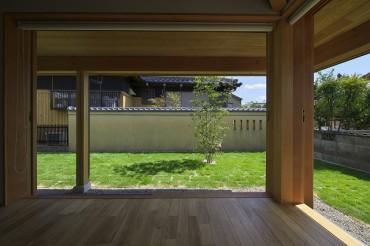 和モダン 庭 建築家のつくる家 ASJ 名古屋南APOAスタジオ 愛知県 三重県