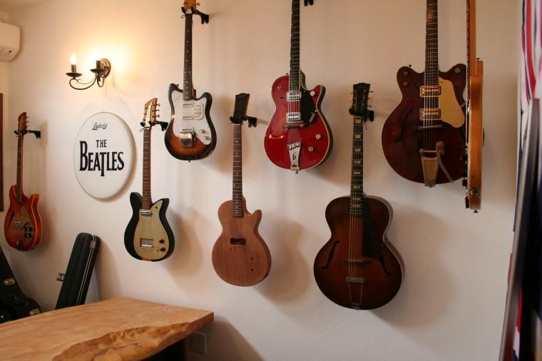 ビートルズギター 建築家