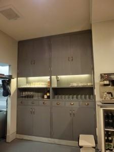 物入れ、食器棚 間接照明 収納 LED照明 ビストロ インテリア