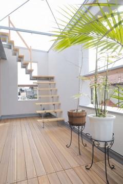 S 建築家 道家 洋 リビング ナチュラル 階段