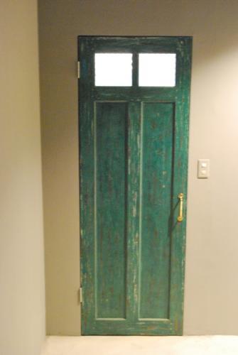 バリ直輸入のチーク製アンティークドア